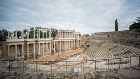 Timelapse suddiga turister och Roman Theatre i Merida arkivfilmer