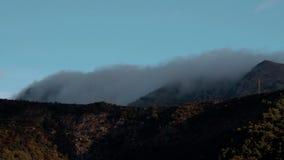 Timelapse - un paesaggio pittoresco con le colline stock footage