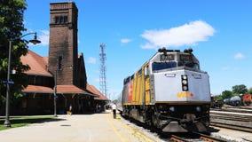 Timelapse vía el tren del carril en Brantford, Canadá 4K almacen de video