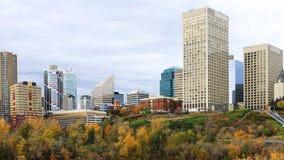 Timelapse van Cityscape van Edmonton in de herfst 4K stock video