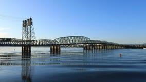 Timelapse van de brug Vancouver, Washington aan Portland, Oregon 4K stock footage