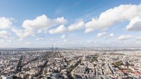 Timelapse van de stad van Parijs in de loop van de dag, schot van de montpernassetoren Parijs, Frankrijk stock videobeelden