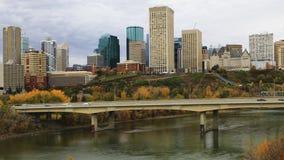 Timelapse van de Stadscentrum van Edmonton in de herfst 4K stock videobeelden