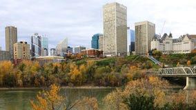 Timelapse van Edmonton de stad in in de herfst 4K stock videobeelden