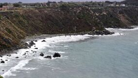 Timelapse van een mediterraan strand in Milazzo, Sicilië, Italië stock footage