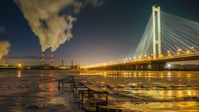 Timelapse van luchtvervuiling in de stad stock footage
