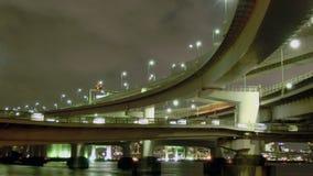 Timelapse van mooie bruggen die de Baai van Tokyo omringen