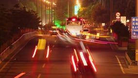 Timelapse van straatscène bij nacht, xi ', shaanxi, China stock footage