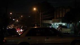 Timelapse van Verkeer bij Stadsnacht stock video