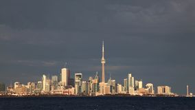Timelapse von im Stadtzentrum gelegenem Burlington, Kanada 4K stock video