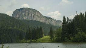 Timelapse w górach Czerwony jezioro zbiory wideo