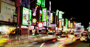 Timelapsemening van de Nachtmarkt van Taipeh Shilin 4K stock videobeelden