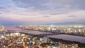 Timelapsevideo van Osaka in Japan bij zonsondergang stock video
