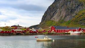 Timelaspe Reine в островах Lofoten, Норвегии видеоматериал