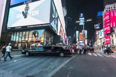 Times Square τη νύχτα στην πόλη της Νέας Υόρκης, ΗΠΑ στοκ φωτογραφίες