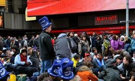 Times Square auf Des Sylvesterabends lizenzfreie stockbilder