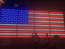 Times Square de la bandera americana imagen de archivo