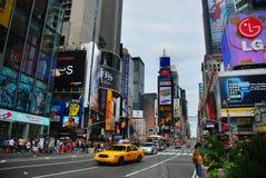 Times Square de New York City y casilla amarilla Fotografía de archivo