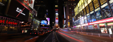 Times Square de Night Fotos de archivo libres de regalías