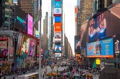 Times Square do dia em New York City Uso editorial somente Imagem de Stock
