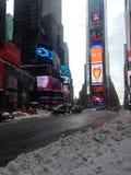Times Square en nieve en invierno fotografía de archivo libre de regalías