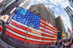 Times Square, gekennzeichnet mit Broadway-Theatern und großer Anzahl von Stockbilder
