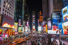 Times Square la nuit Image stock