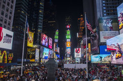 Times Square-Masse Stockfoto