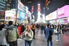 Times Square nachts III stockbilder