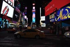 Times Square New York noc. światła stock photos