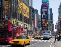 Times Square-Verkehr Stockfotografie