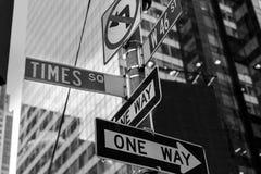 Times Square znaki & W 46 st Nowy Jork Fotografia Royalty Free
