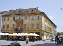 Timisoara RO, am 22. Juni: Historische Gebäude von Liberty Square in Timisoara-Stadt von Banats-Grafschaft in Rumänien Stockfotos