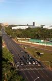 timmelampamorgonen rusar trafik arkivfoto