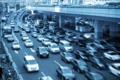 timmen rusar shanghai trafik Royaltyfri Bild