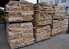 Timmerhout in de fabriek royalty-vrije stock foto's