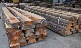 Timmerhout in de fabriek royalty-vrije stock foto