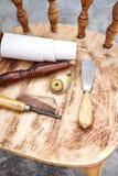 Timmermans` s hulpmiddel in het timmermans` s hulpmiddel in de workshop Royalty-vrije Stock Fotografie