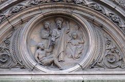 Timpano, chiesa del san Leu Saint Gilles a Parigi fotografie stock