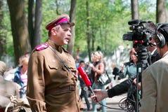 Timur Cherepnin da una entrevista Fotografía de archivo libre de regalías