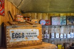 Free Tin Cans And Wooden Boxes Old Fashioned Store Stock Photos - 186156833