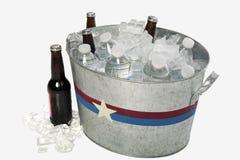 Tina del metal de bebidas Imágenes de archivo libres de regalías