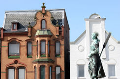"""Tine"" fountain and old houses in Husum Stock Image"
