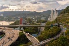 Ting Kau upphängningbro Royaltyfri Bild