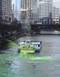Tingidura do Chicago River 2017 Fotos de Stock Royalty Free