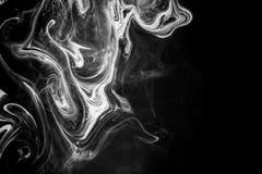 Tinta abstracta de la textura en el agua en color blanco y negro Imagenes de archivo