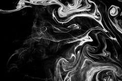 Tinta abstracta de la textura en el agua en color blanco y negro Imagen de archivo libre de regalías