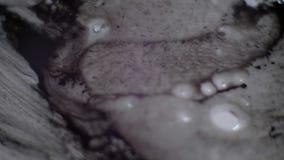 A tinta espirra para a folha de prova A tinta espirra na água Ideal para o uso nos modos de mistura video 4K vídeos de arquivo