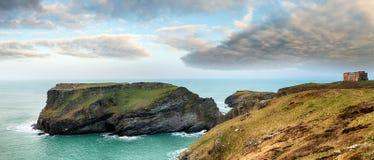 Tintagel i Cornwall Arkivbilder