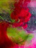 Tinten im Wasser stockfotos